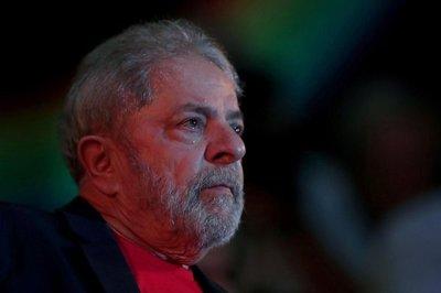 Multitud de personas se solidariza con Lula en Brasil