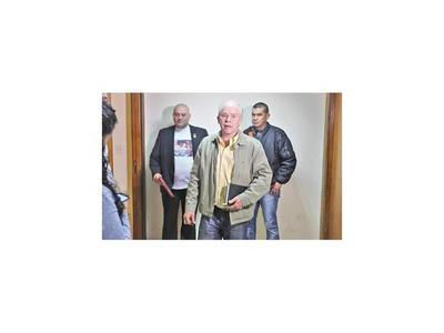 Ratifican desestimación de denuncia de policía contra Lugo y Filizzola