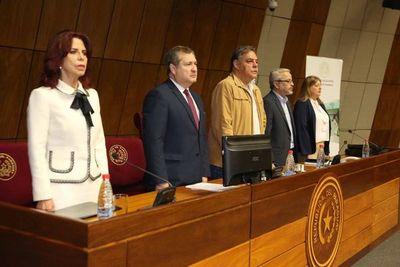 Titular de la Corte participa en audiencia pública