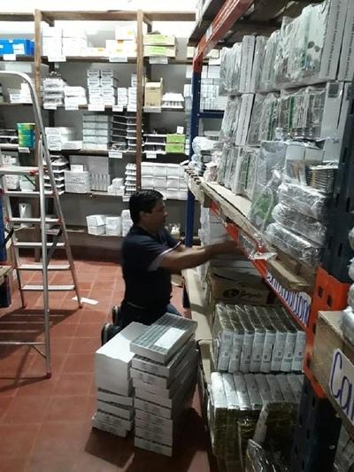 Abastecen de medicamentos al Parque Sanitario de Caaguazú