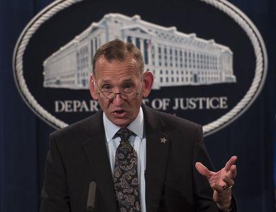 Trump despidió al director del Servicio Secreto