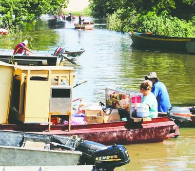 Pescadores cobran G. 20 mil para pasear a los turistas – Prensa 5