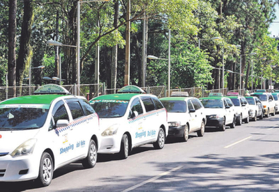 Piden una ordenanza contra  Muv y Uber