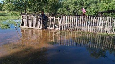 Viviendas amanecieron inundadas en Alto Chaco