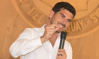Carlos Viveros como director de un canal