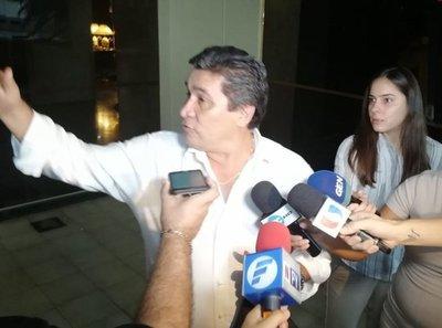 ¿Reunión secreta a favor del contralor García?