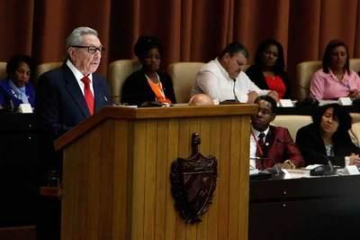 Castro pidió a los cubanos que se preparen para tiempos económicos difíciles