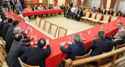 Colorados inician proceso de unidad por el Congreso