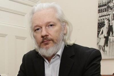 Fundador de WikiLeaks fue detenido en la embajada de Ecuador en Londres