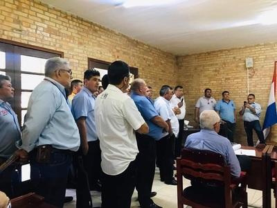 Taxistas rechazan presencia del MUV en CDE y exigen reglamentación a Junta