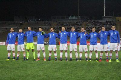 Paraguay mide hoy a Argentina por la clasificación al Mundial