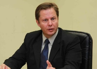 Senado elige a Martínez Simón, como propuesto para la Corte