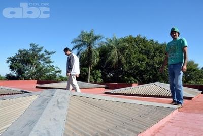 Reparan oficinas del  MEC en Caazapá