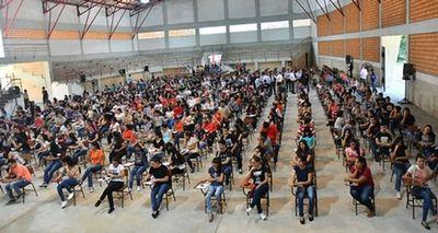 Itaipú ya entregó Becas a más de 15 mil jóvenes