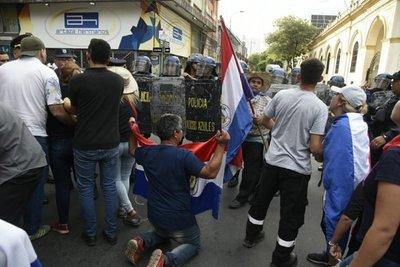 Adherentes de Payo Cubas anuncian escraches
