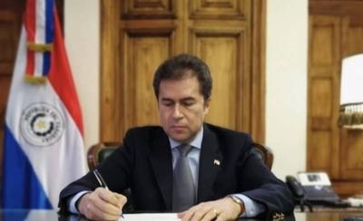 HOY / Firman la 'carta de defunción' de Unasur: ideologización es la causa, dice Castiglioni