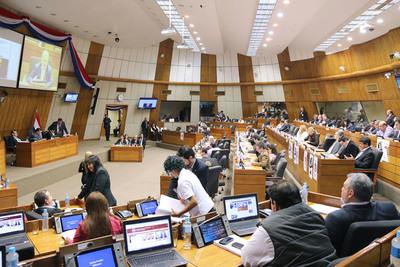 Tildan de ilegal la sesión que archivó el proyecto para eliminar Parlasur