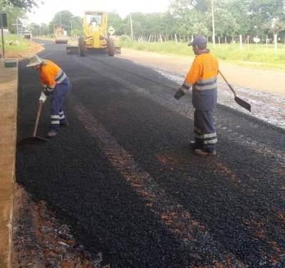Avanzan obras de asfaltado en el tramo Guayaibi-Calle Moisés Bertoni de San Pedro