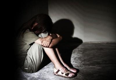 Pasará 6 años en prisión por abusar de su hijastra de 8 años