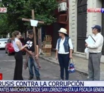 Sanlorenzanos realizan 'viacrucis' anticorrupción