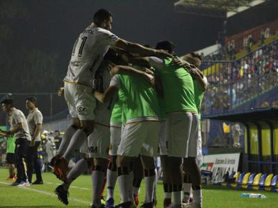 Guaraní abre la jornada 16 con victoria sobre Capiatá