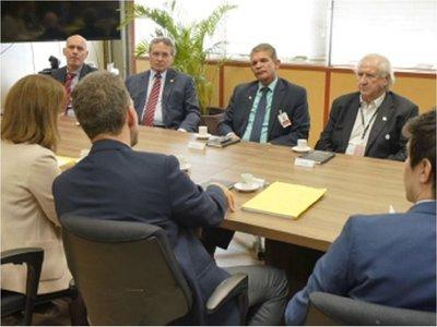 Itaipú: No hay acuerdo con Brasil y en riesgo pago por cesión de energía