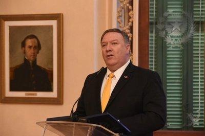 Pompeo destaca la democracia y el crecimiento económico del Paraguay