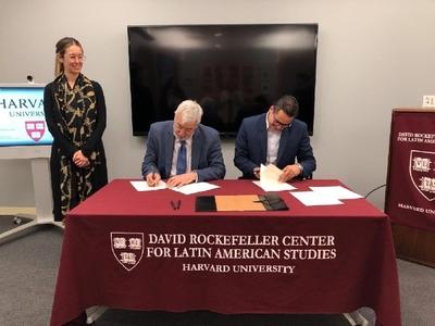 Investigadores paraguayos podrán acceder a estancias en centro de Harvard