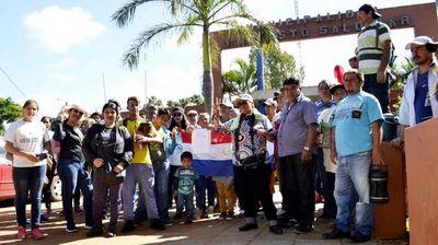 J.A. Saldívar: Incendian casa de manifestante