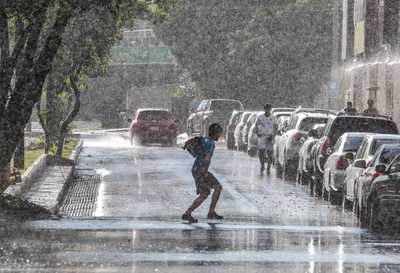 Lunes con probabilidad de lluvias y temperaturas calurosas