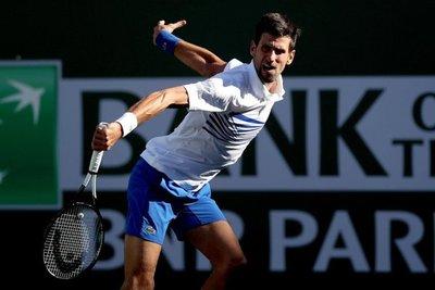 Djokovic sigue al frente