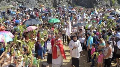 Feligresía católica celebró el inicio de la Semana Santa con el Domingo de Ramos