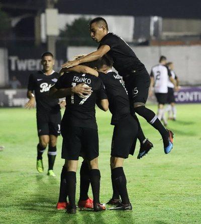 Libertad suma otra victoria en el Apertura