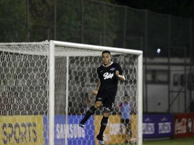 Ángel Lucena hizo el mejor gol de la fecha