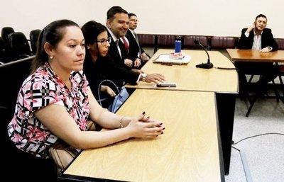 """Con incidentes, senador Bogado y su """"niñera"""" logran dilatar su juicio"""