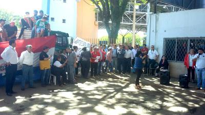Gobierno de Marito muestra interés en concretar negociado de Cartes y entregar terreno de Puertos