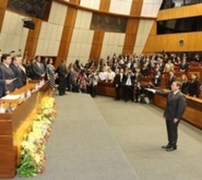 Alberto Martínez Simón juró como nuevo ministro de la Corte
