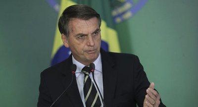 Bolsonaro oficializa salida de Brasil de la Unasur y asegura que fue un proyecto de Chávez