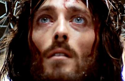 Así luce el actor de 'Jesús de Nazareth' a más de 40 años de su estreno