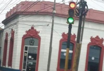 Anuncian retiro de semáforo que causó accidente fatal