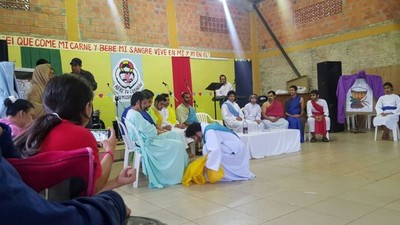 Jueves Santo: Se celebra la Última Cena y la institución de la Eucarístia