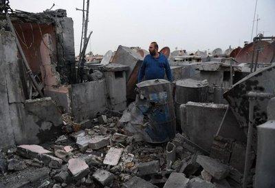 Al menos 8 personas mueren en ataque contra un campo de desplazados en Siria