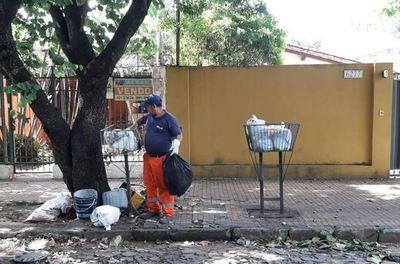 Viernes santo sin recolección de basuras en Asunción