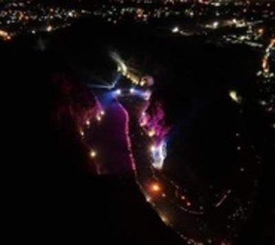 El cerro Ñemby brilló con un emotivo e imponente viacrucis
