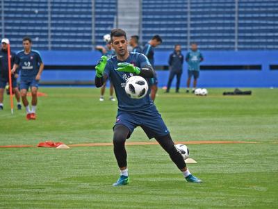 Rodrigo Muñoz será titular en el clásico