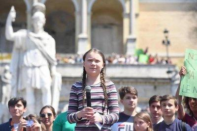"Greta Thunberg: ""Cuando yo pueda ser política, ya será tarde"""