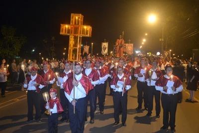 Viacrucis reúne a miles feligreses en Hernandarias