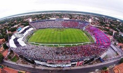 Eber Aquino será el juez principal del clásico entre Cerro Porteño y Olimpia