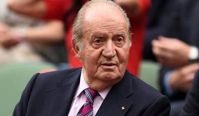 HOY / Adicto al sexo, ex Rey Juan   Carlos de España, tuvo cinco  mil amantes, según pesquisa