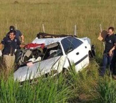 Familia entera sufre accidente de tránsito: Cuatro fallecieron